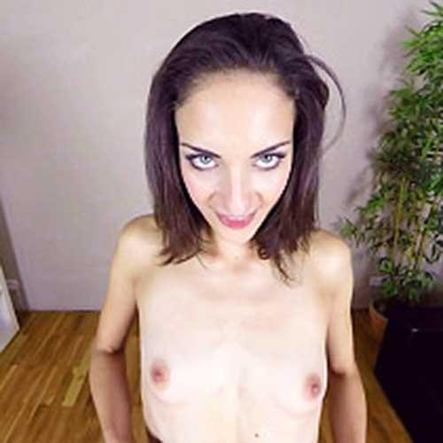 Miky Love Cums in Casting
