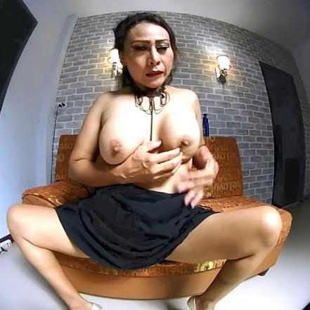 Curvy Asian mature enjoys deeply fingering her cunt