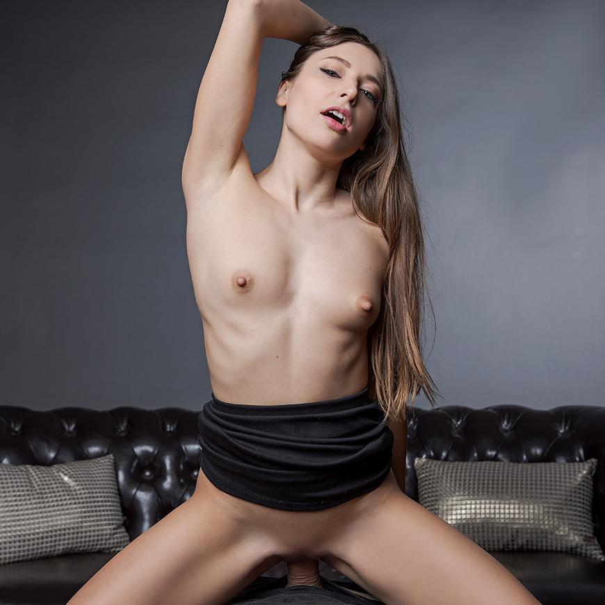Real virtual reality action with stunning Talia Mint