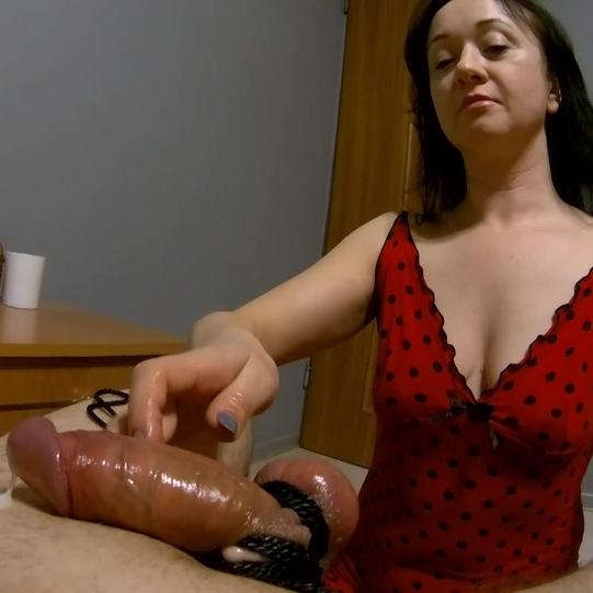 Maya Ties and Jerks the Guy's Dick