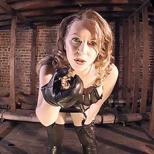 latex domina eläinporno videot