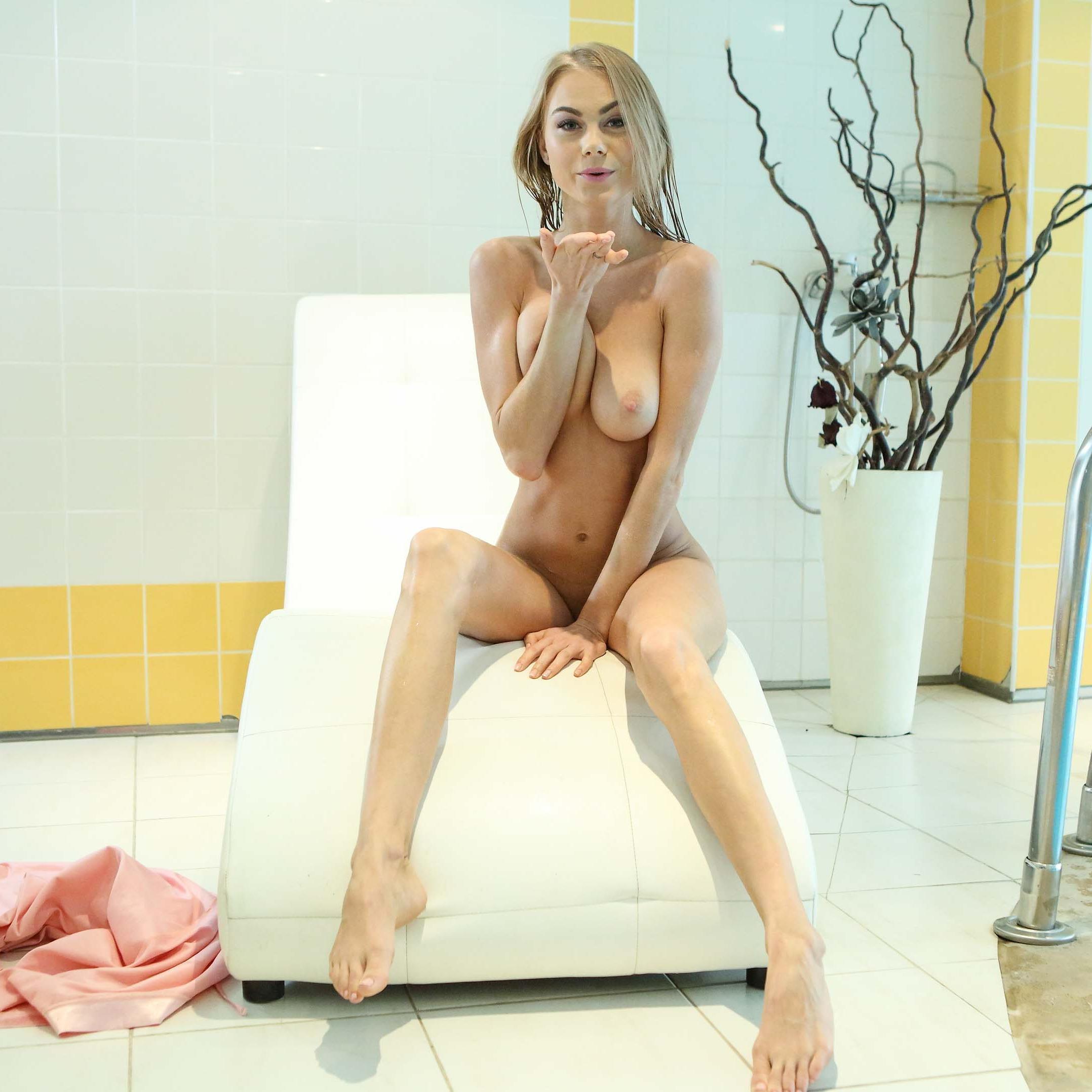 Nancy Vr Porn