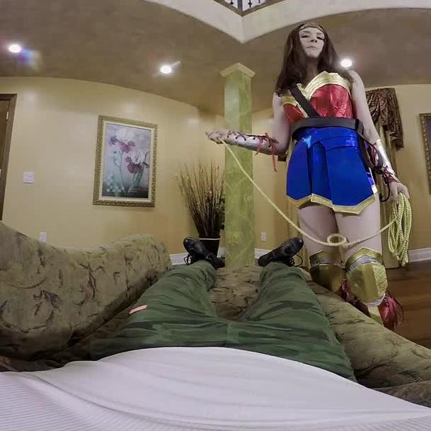Fuck Wonder Woman In This VR Porn Cosplay